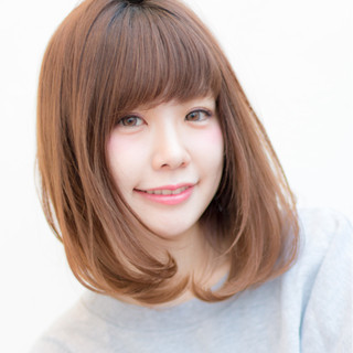 セミロング 大人かわいい 色気 ナチュラル ヘアスタイルや髪型の写真・画像
