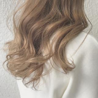 ナチュラル こなれ感 デート オフィス ヘアスタイルや髪型の写真・画像