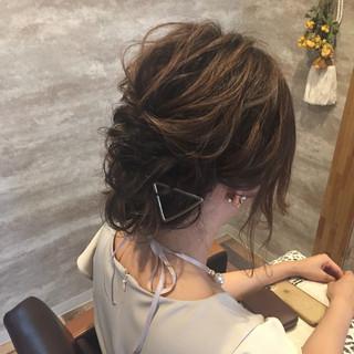 ヘアアレンジ 成人式 ナチュラル 結婚式 ヘアスタイルや髪型の写真・画像