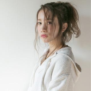 アッシュ パーマ ヘアアレンジ ロング ヘアスタイルや髪型の写真・画像