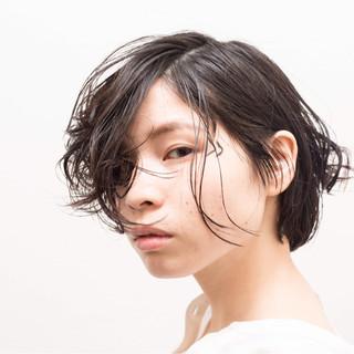 かっこいい ウェーブ ボブ ストリート ヘアスタイルや髪型の写真・画像 ヘアスタイルや髪型の写真・画像