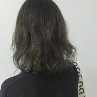 外国人風 透明感 外国人風カラー ナチュラル ヘアスタイルや髪型の写真・画像 ヘアスタイルや髪型の写真・画像