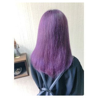 アンニュイほつれヘア フェミニン パープル ミディアム ヘアスタイルや髪型の写真・画像