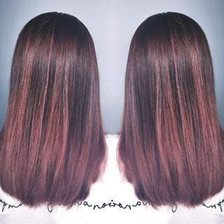 アウトドア レッド インナーカラー グラデーションカラー ヘアスタイルや髪型の写真・画像