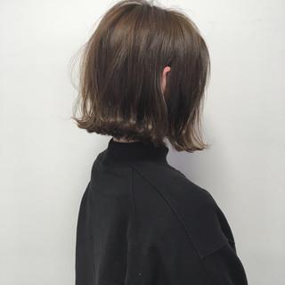外ハネボブ 切りっぱなしボブ 外ハネ ナチュラル ヘアスタイルや髪型の写真・画像