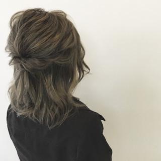 外国人風 簡単ヘアアレンジ ナチュラル 透明感 ヘアスタイルや髪型の写真・画像