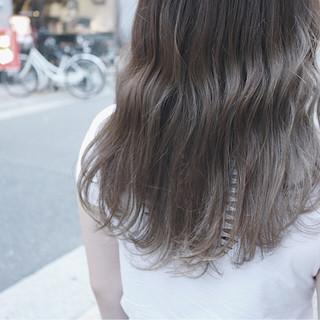 秋 セミロング ナチュラル 透明感 ヘアスタイルや髪型の写真・画像