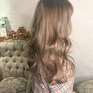 ヘアアレンジ パーマ シースルーバング デート ヘアスタイルや髪型の写真・画像
