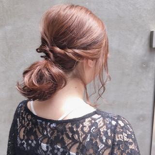 ミディアム 透明感 ヘアアレンジ ゆるふわ ヘアスタイルや髪型の写真・画像