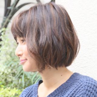 色気 ボブ ショートボブ くせ毛風 ヘアスタイルや髪型の写真・画像