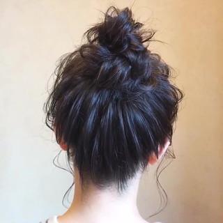 ヘアアレンジ ミディアム フェミニン デート ヘアスタイルや髪型の写真・画像 ヘアスタイルや髪型の写真・画像