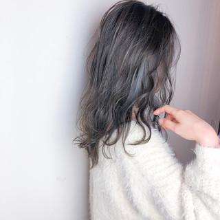 外国人風 ハイライト アンニュイほつれヘア ゆるふわ ヘアスタイルや髪型の写真・画像