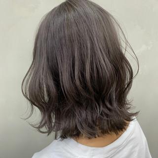ショートボブ ウルフカット ナチュラル ボブ ヘアスタイルや髪型の写真・画像