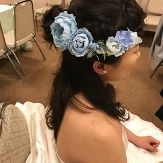 二次会 結婚式 花嫁 ゆるふわ ヘアスタイルや髪型の写真・画像