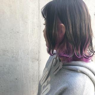ストリート インナーカラー インナーカラーパープル ラベンダーアッシュ ヘアスタイルや髪型の写真・画像