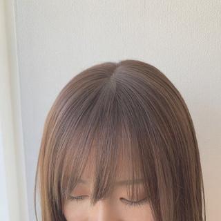 前髪あり ナチュラル アディクシーカラー 切りっぱなしボブ ヘアスタイルや髪型の写真・画像