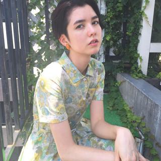 外国人風 モード 暗髪 透明感 ヘアスタイルや髪型の写真・画像 ヘアスタイルや髪型の写真・画像