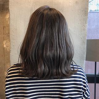外国人風カラー オフィス ナチュラル 暗髪 ヘアスタイルや髪型の写真・画像