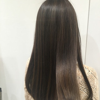 ベージュ ハイライト ミルクティー 外国人風 ヘアスタイルや髪型の写真・画像
