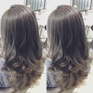 モード アッシュ 外国人風 グラデーションカラー ヘアスタイルや髪型の写真・画像