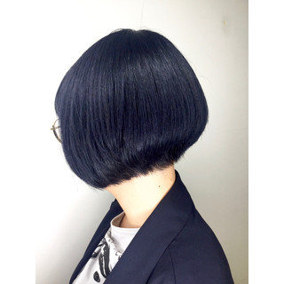 ブリーチ 個性的 ボブ まとまるボブ ヘアスタイルや髪型の写真・画像