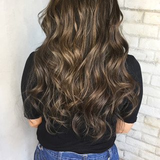 ハイライト グラデーションカラー アッシュ ロング ヘアスタイルや髪型の写真・画像