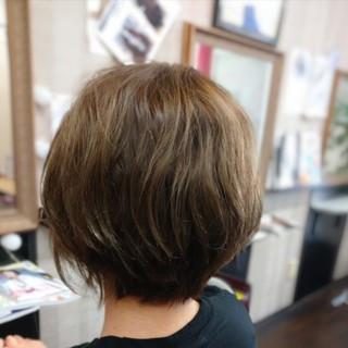 ショート パーマ ショートボブ ナチュラル ヘアスタイルや髪型の写真・画像