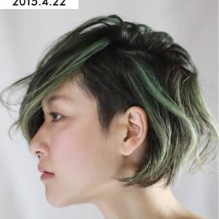 ストリート ショート グリーン 刈り上げ ヘアスタイルや髪型の写真・画像