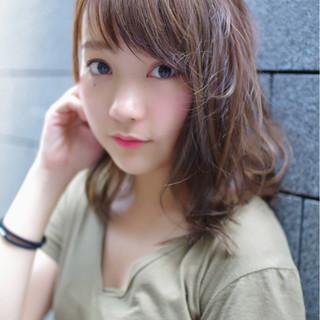 ミディアム ピュア セミロング ヘアアレンジ ヘアスタイルや髪型の写真・画像