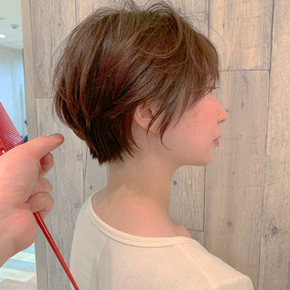 ピンクラベンダー ベリーピンク ショートボブ フェミニン ヘアスタイルや髪型の写真・画像