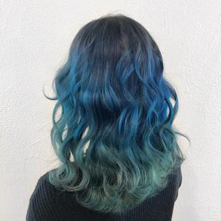 ストリート 個性的 ブルー ミディアム ヘアスタイルや髪型の写真・画像