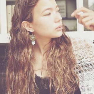 黒髪 ストリート 外国人風 大人かわいい ヘアスタイルや髪型の写真・画像