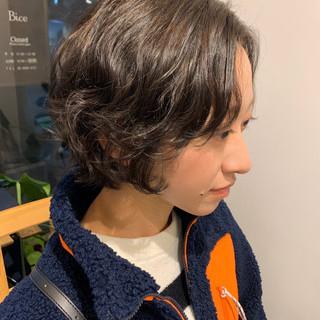 ゆるふわパーマ 無造作パーマ ナチュラル デジタルパーマ ヘアスタイルや髪型の写真・画像