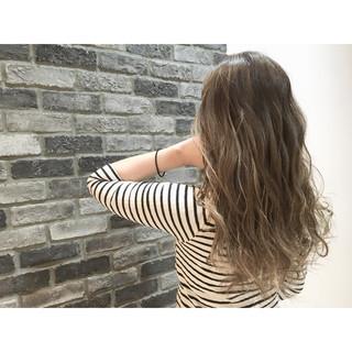 外国人風 ハイライト ストリート ロング ヘアスタイルや髪型の写真・画像
