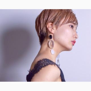 ベリーショート ダブルカラー アウトドア モード ヘアスタイルや髪型の写真・画像