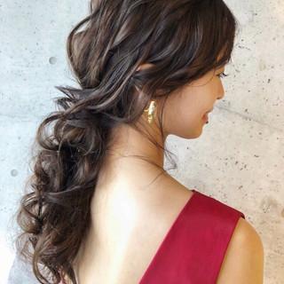 ロング ゆるナチュラル 大人かわいい フェミニン ヘアスタイルや髪型の写真・画像