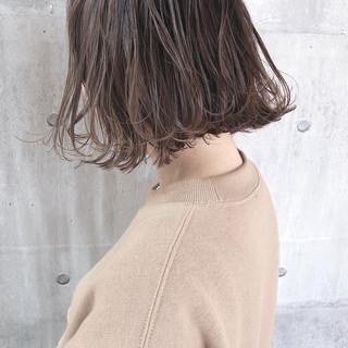 ボブ アンニュイほつれヘア ナチュラル 外国人風 ヘアスタイルや髪型の写真・画像