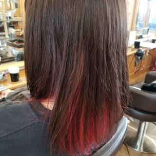 ボルドー 艶髪 ブリーチ レッド ヘアスタイルや髪型の写真・画像