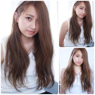 アッシュ 外国人風 ロング ローライト ヘアスタイルや髪型の写真・画像