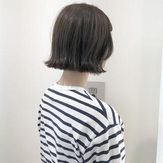 フェミニン デート 切りっぱなし ナチュラル ヘアスタイルや髪型の写真・画像