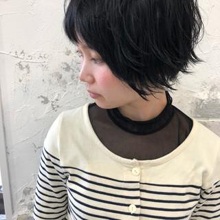 ナチュラル 黒髪 地毛風カラー ショート ヘアスタイルや髪型の写真・画像