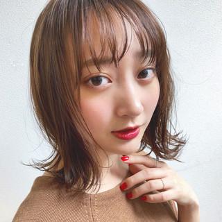 ヘアアレンジ ミディアム 簡単ヘアアレンジ ウェーブ ヘアスタイルや髪型の写真・画像