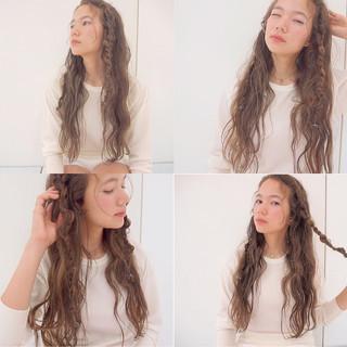 ローライト ロング ハイライト くせ毛風 ヘアスタイルや髪型の写真・画像