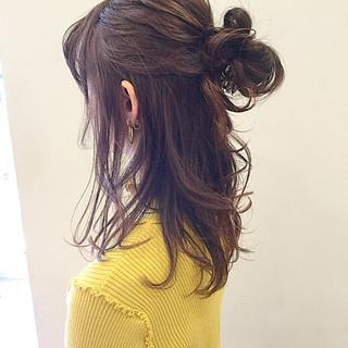 ミルクティー セミロング ピンク ヘアアレンジ ヘアスタイルや髪型の写真・画像