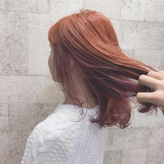 ストリート ハイトーンカラー インナーカラー パープル ヘアスタイルや髪型の写真・画像