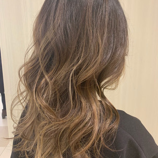 ロング 巻き髪 かわいい ヘアアレンジ ヘアスタイルや髪型の写真・画像 ヘアスタイルや髪型の写真・画像