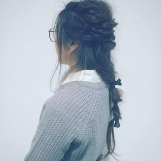ロング セルフヘアアレンジ ロープ編み ヘアアレンジ ヘアスタイルや髪型の写真・画像