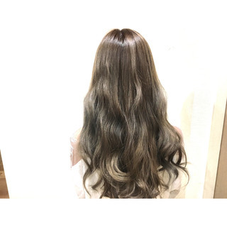 ストリート ハイライト 渋谷系 外国人風 ヘアスタイルや髪型の写真・画像