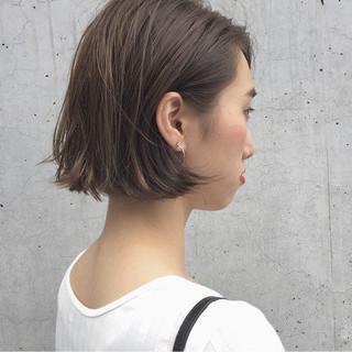 ハイライト ボブ 外ハネ リラックス ヘアスタイルや髪型の写真・画像