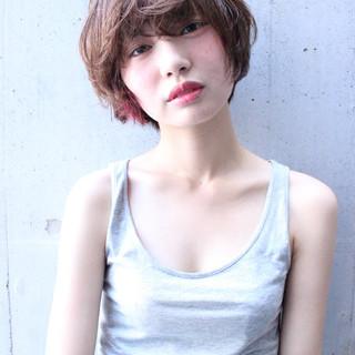外国人風 透明感 ピュア くせ毛風 ヘアスタイルや髪型の写真・画像